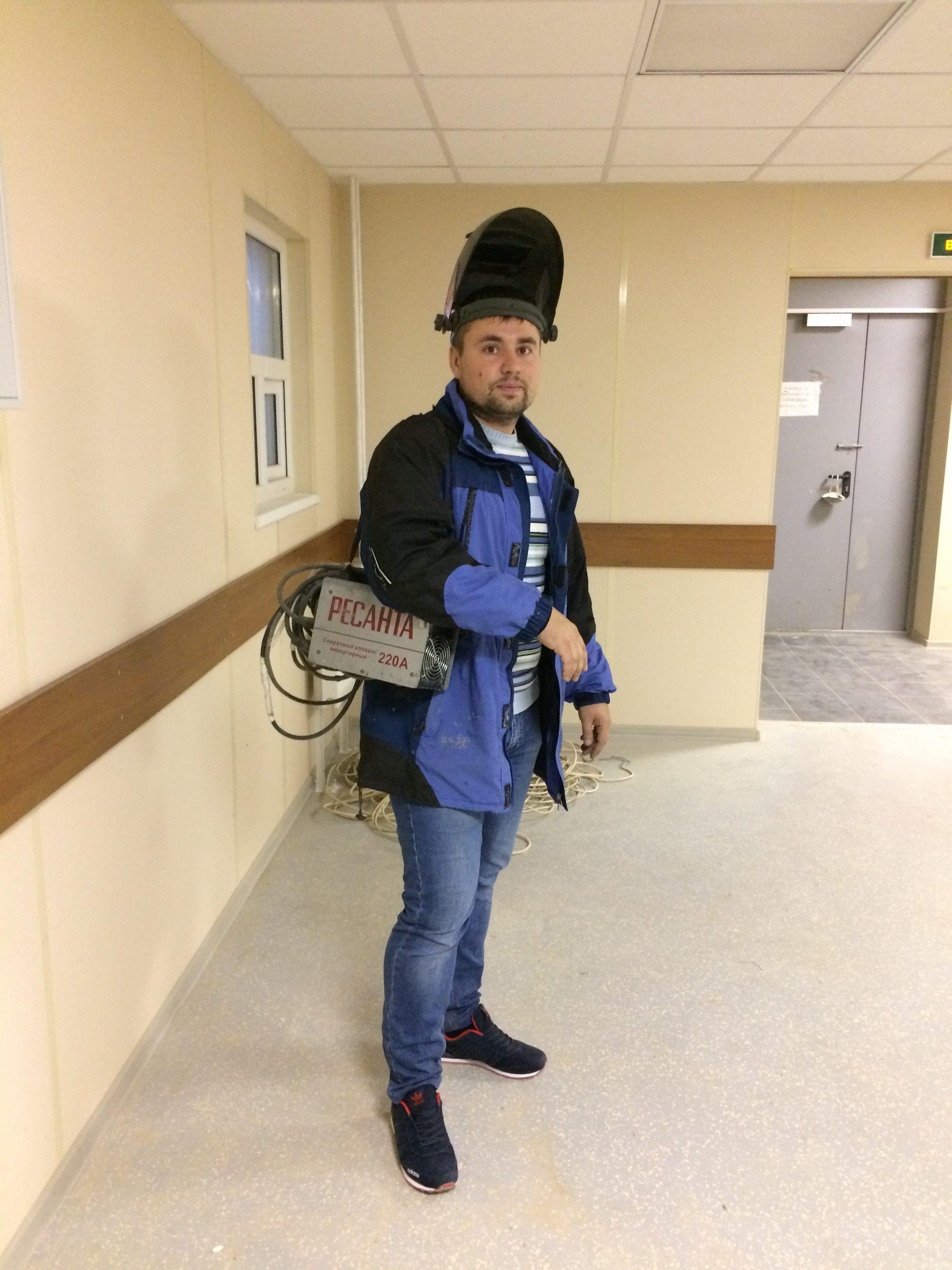 Мастер-сварщик Андрей, 7 лет стажа